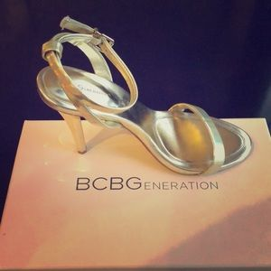 BCBG BG heels Y-Gold opalescent colorway